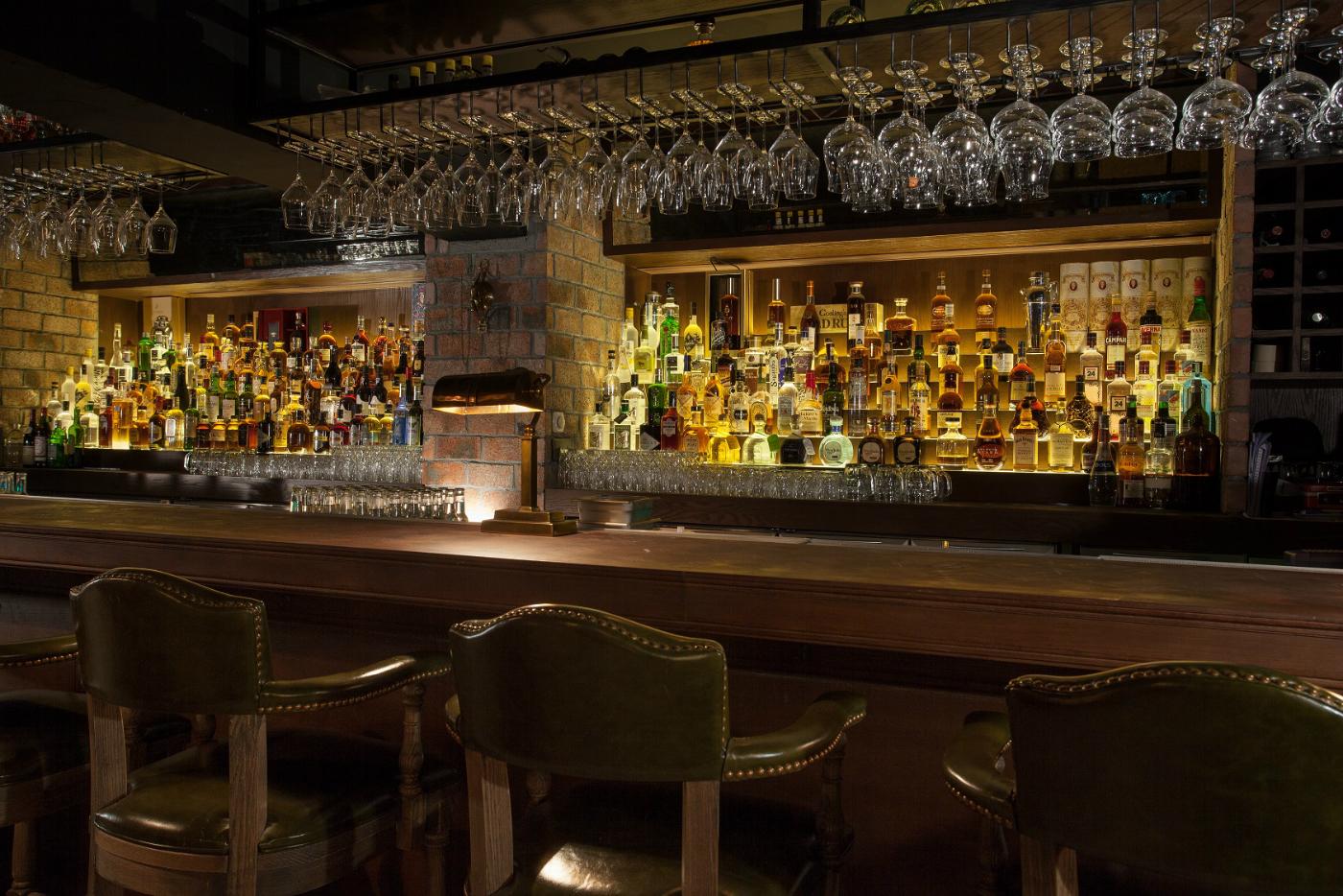 Stockton's New Menu Explores Alcohol Throughout Evolution photo