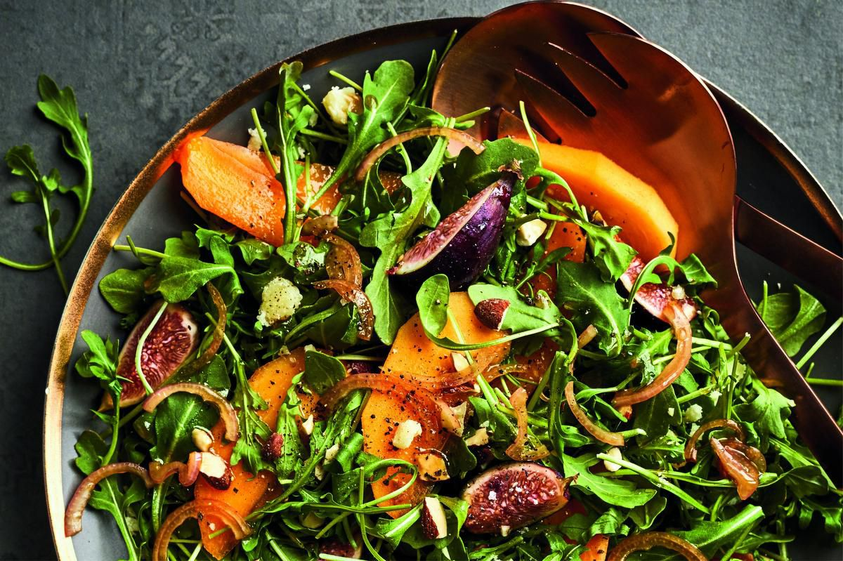 Friends Will Flock To Try Arugula Salad With Persimmon And Almonds photo