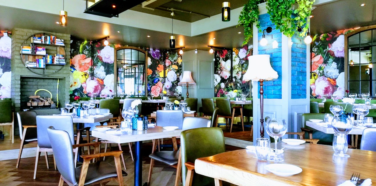 bobos interior Bobos Brasserie: The hottest new sunset spot in Cape Town