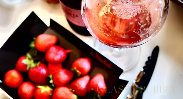 7 Rose Wines Your Girlfriend Would Totally Love photo