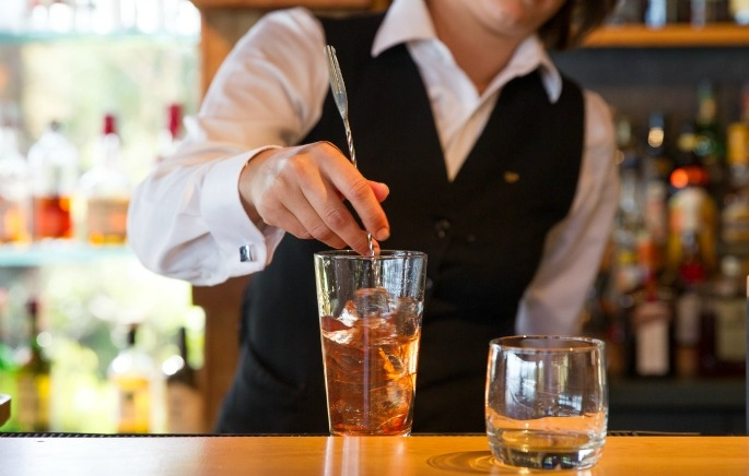 12 Things you'll only get if you've worked in hospitality photo