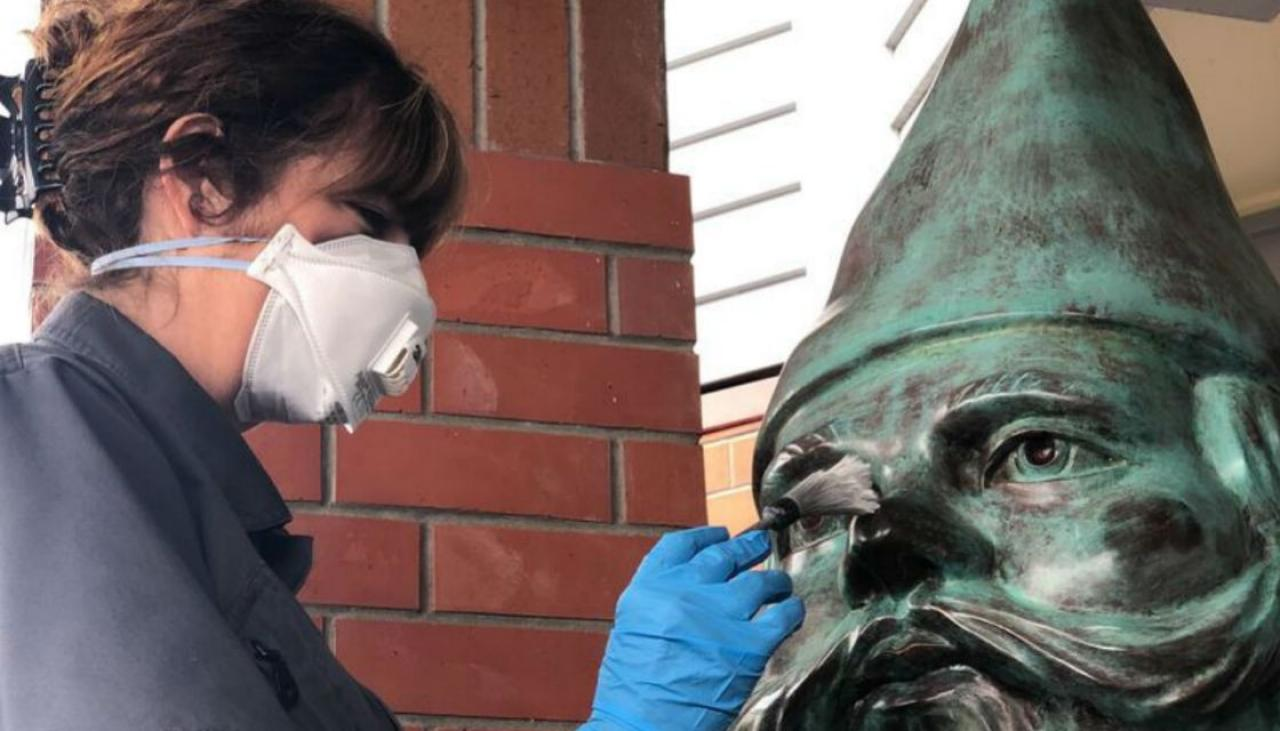 Two Arrested For Stealing Giant Bronze Gnome From Auckland Art Gallery photo
