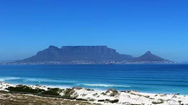 Bloubergstrand Voted The Most Instagrammable Spot In South Africa photo
