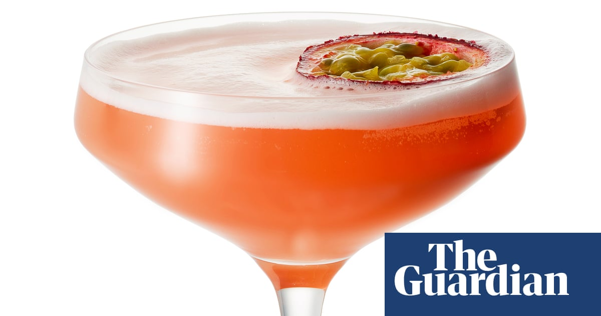 Cocktail Of The Week: Jinjuu's Passionfruit Martini photo