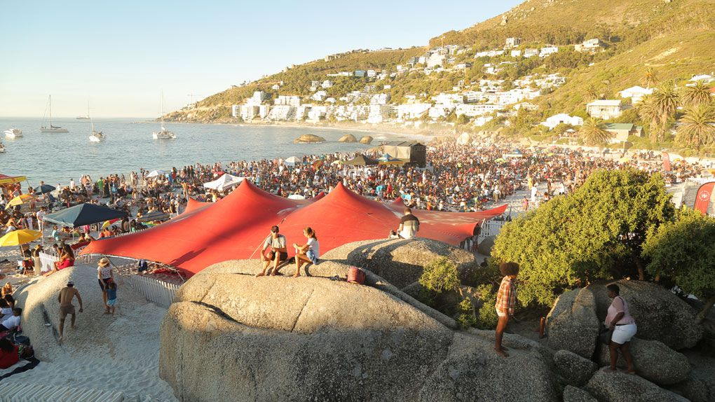 Moonstruck With Simply Asia And Capetalk Returns To Clifton photo