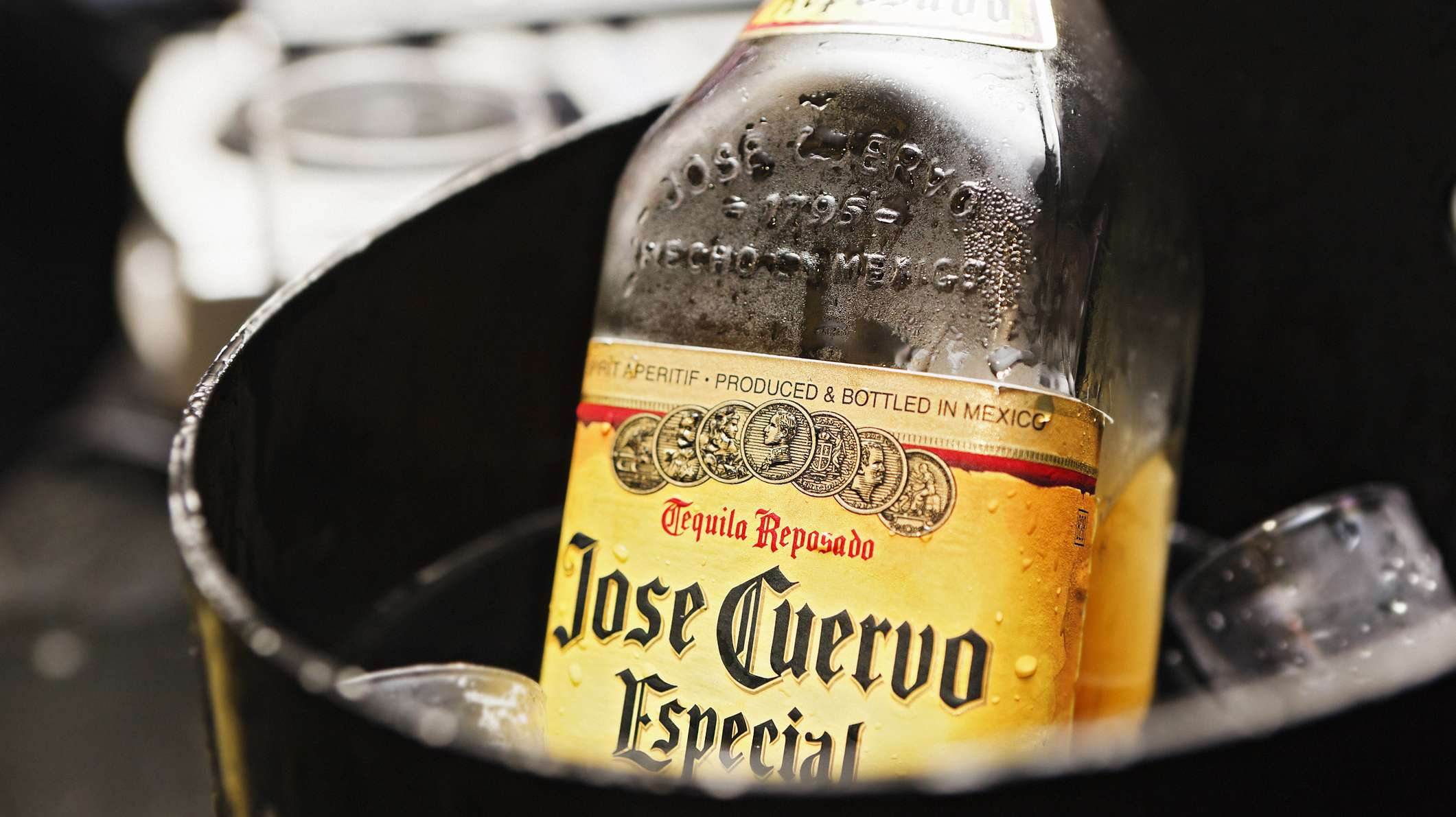 All Aboard! Mexico Is Now Home To An All-you-can-drink Tequila Train photo