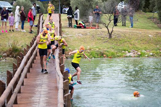 Quinet Siblings Shine In Val De Vie Swimrun photo