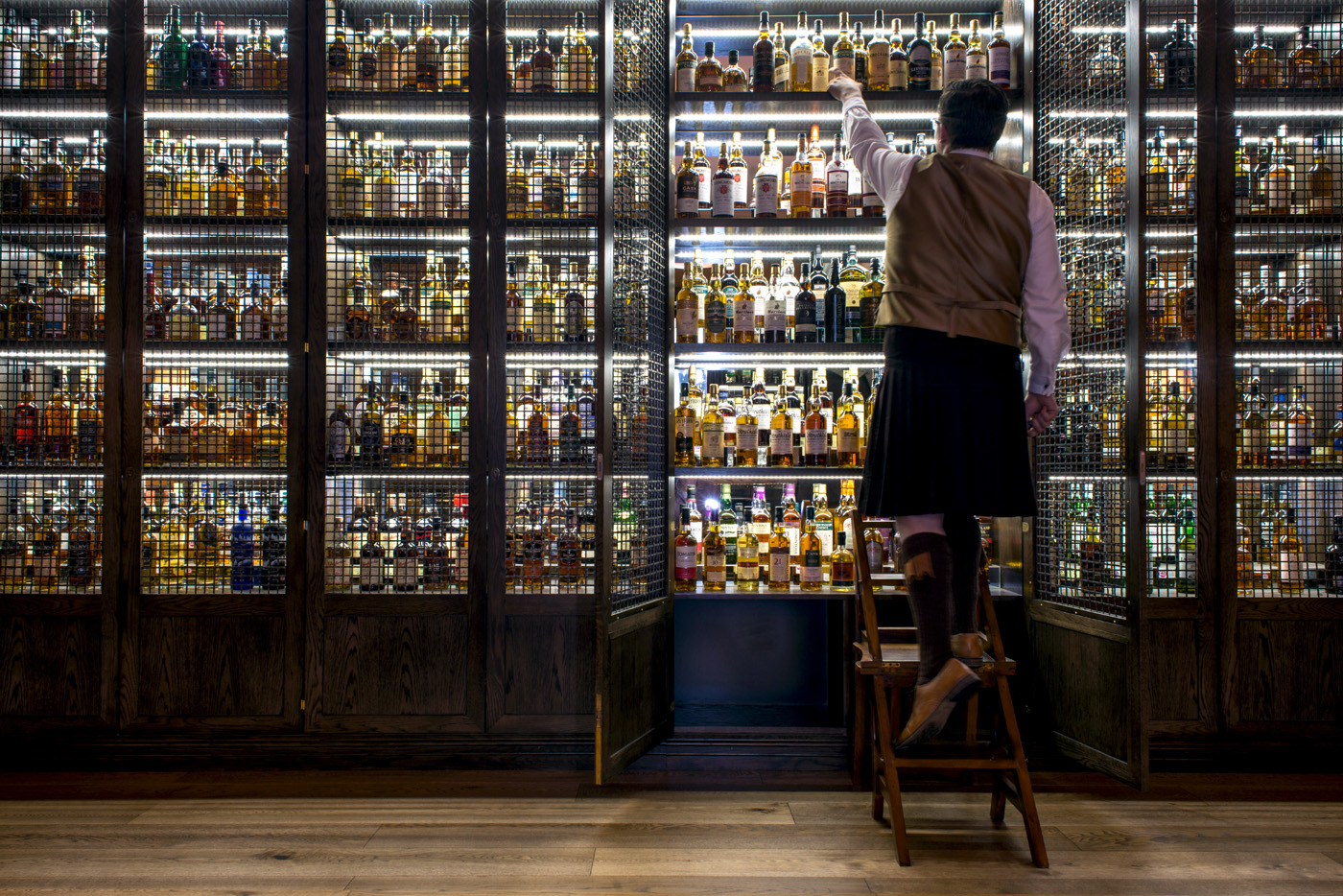 22 Of The Best Whisky Bars In Scotland photo