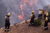 #franschhoekfire: Multiple Properties Still In Danger As Flames Jump Breaks Overnight photo