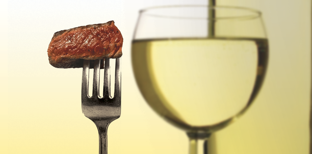 Pair Your Steak With White Wine photo
