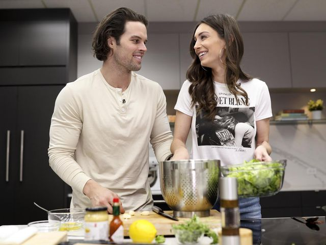 Bachelor Couple Kevin & Astrid Finds Paradise On Valentine?s Day By Heating Up The Kitchen photo