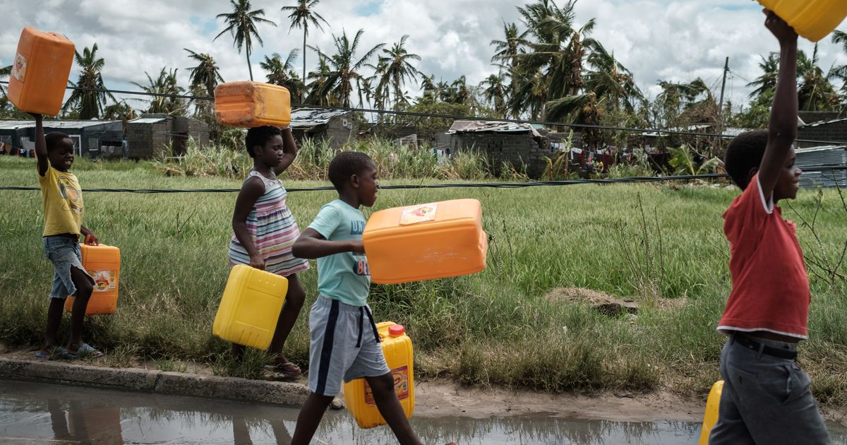 7 Ways You Can Improve The World's Access To Fresh Water photo