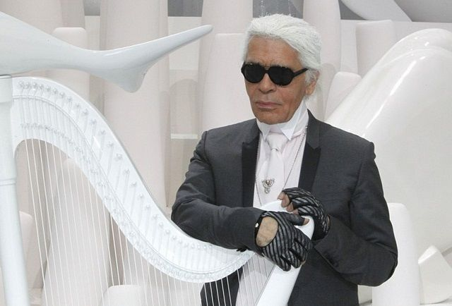 What Karl Lagerfeld Brought To The Fashion Of today And tomorrow photo