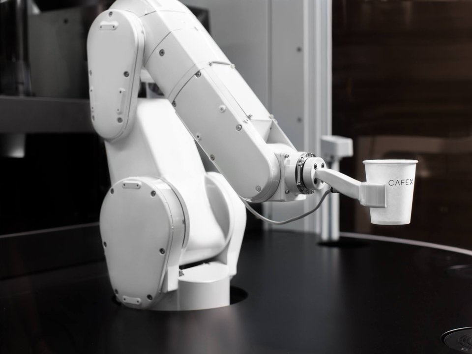 Meet Your New Robot Barista, Serving 120 Cups Of Coffee An Hour photo