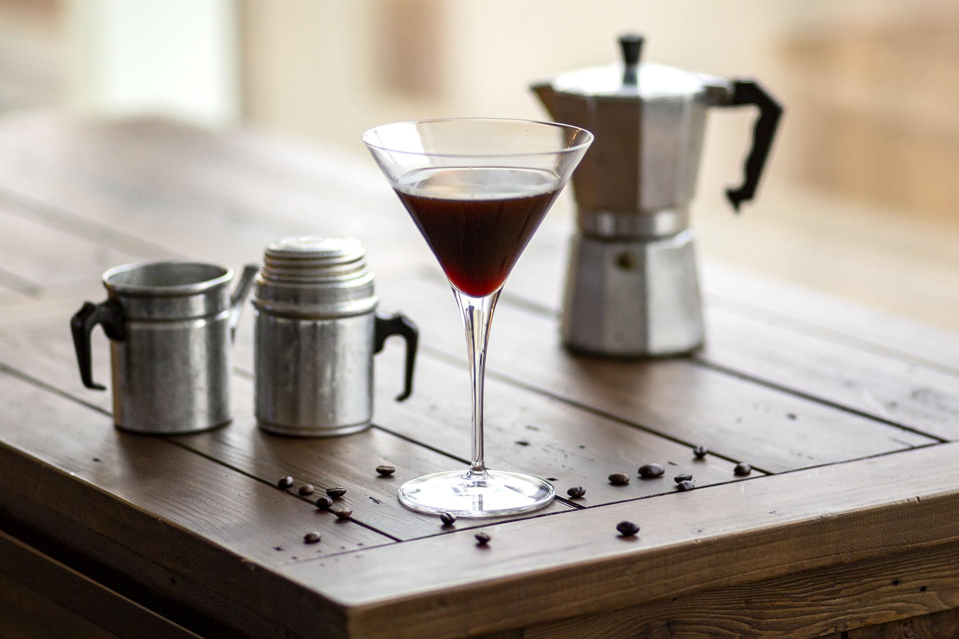 How To Make A Real Espresso Martini photo
