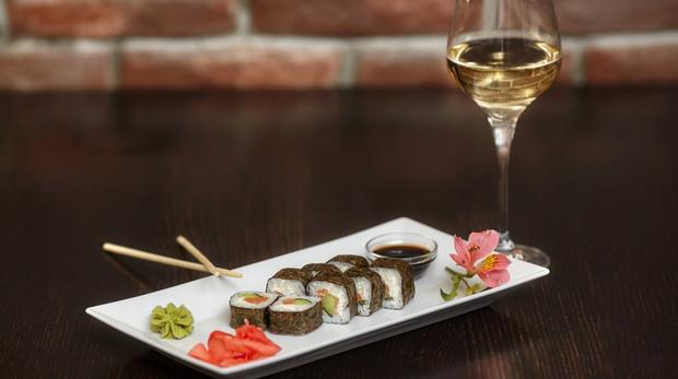 Drinks To Pair With Sushi photo