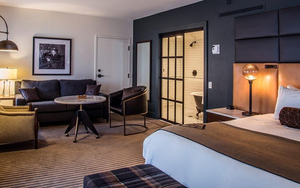 Hotel Theodore photo
