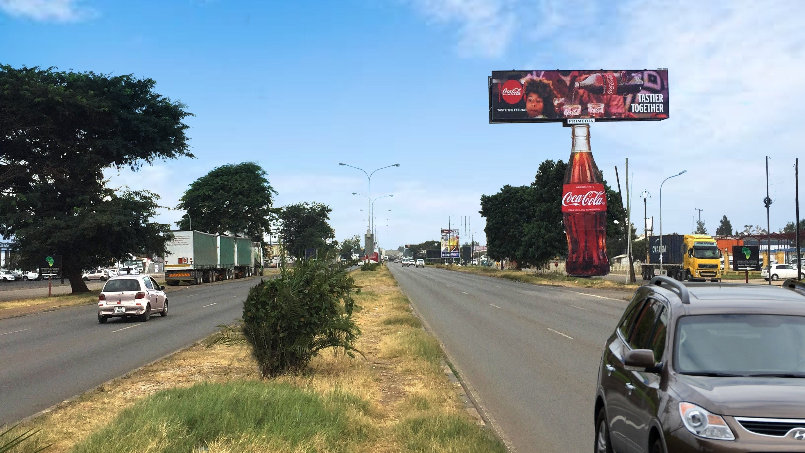 Primedia Outdoor Partners With Coca-cola photo