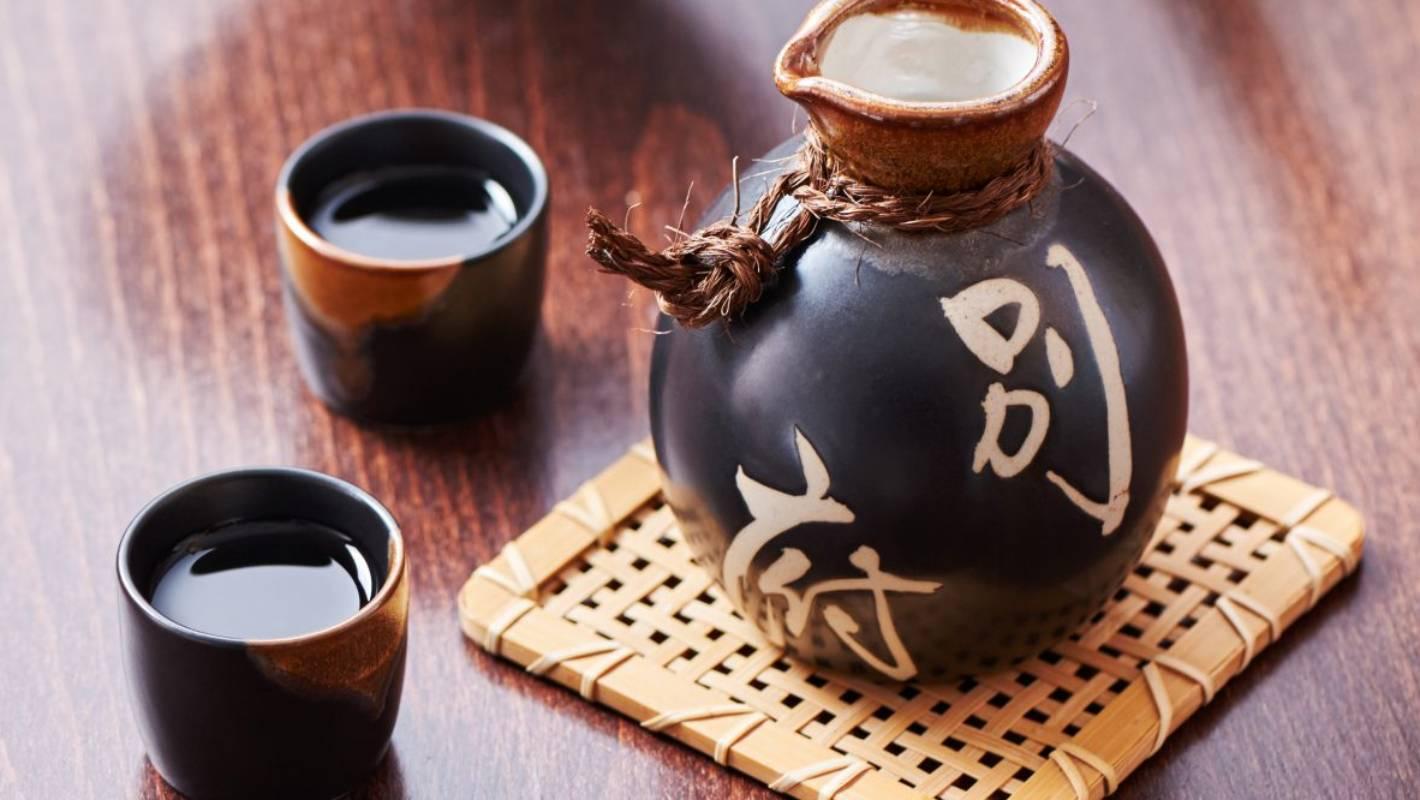 Japan: Kobe Sake Brewers Bank On Foreigners photo