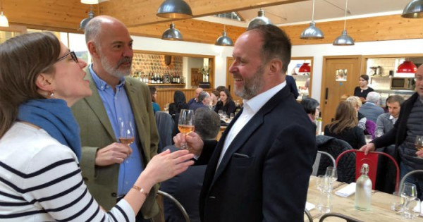 World?s Top Wine Experts ?blown Away? By English Wine And British Gin photo