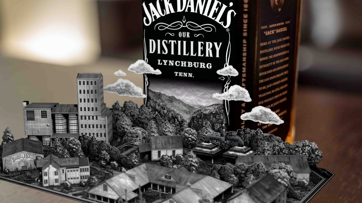 Jack Daniel?s Ar App Turns Whiskey Bottles Into Pop-out Storybooks photo