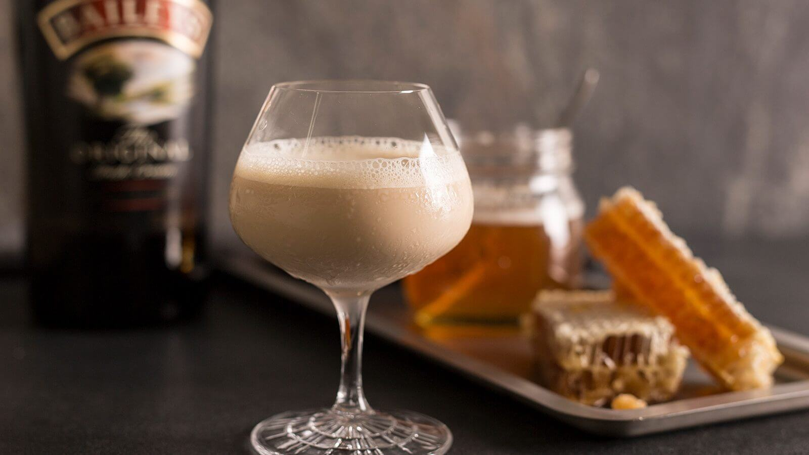 baileys honey bee 1600x900 Drinks To Try In The Chilling Parts Of The World
