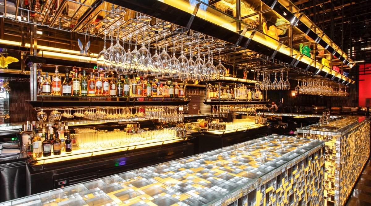 Booze News: Equis Quietly Shuts Down, The Irish Volunteer To Return, Whiskey Shop At Herbal photo