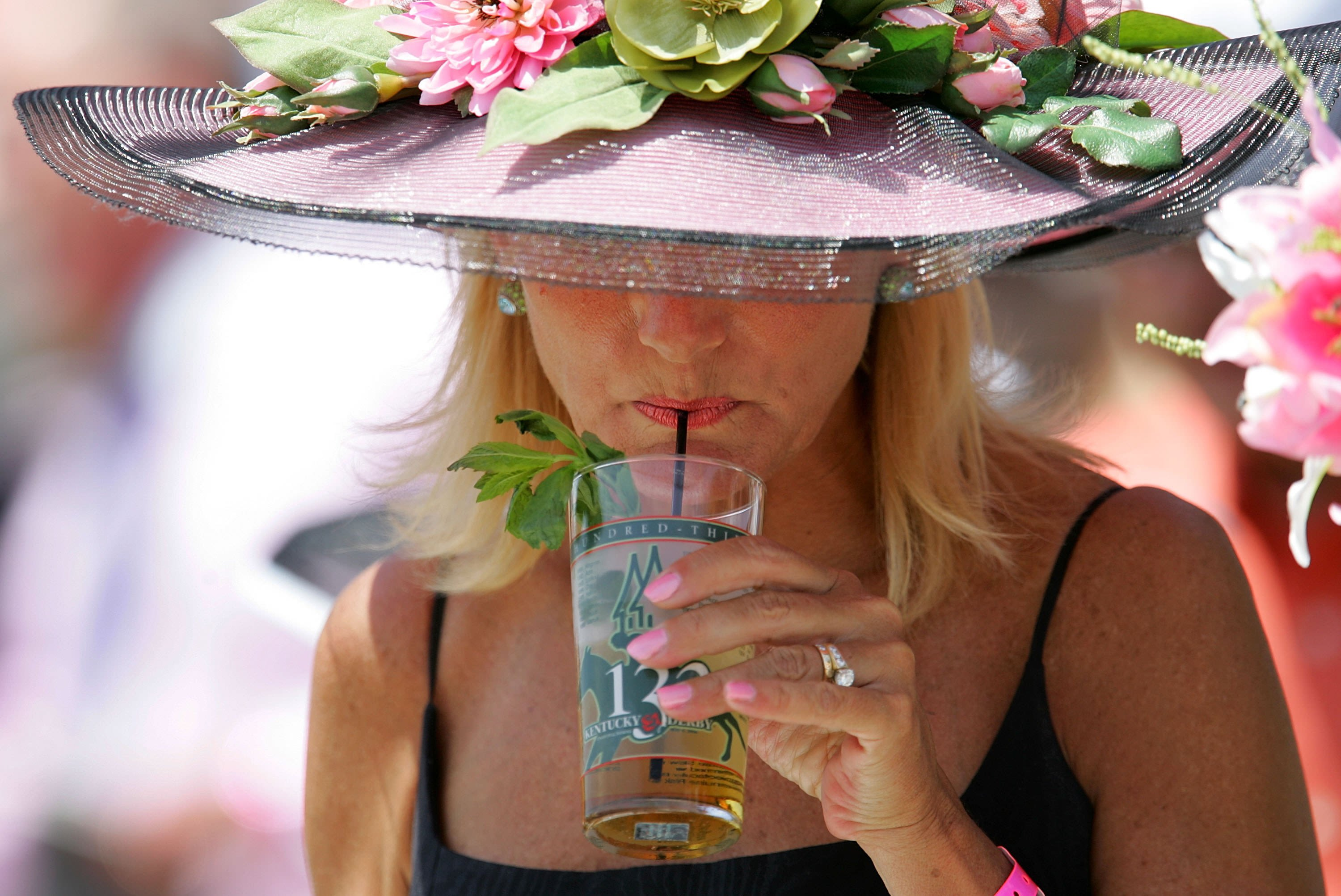 Here's What You Get If You Buy A $1,000 Mint Julep At The Kentucky Derby photo