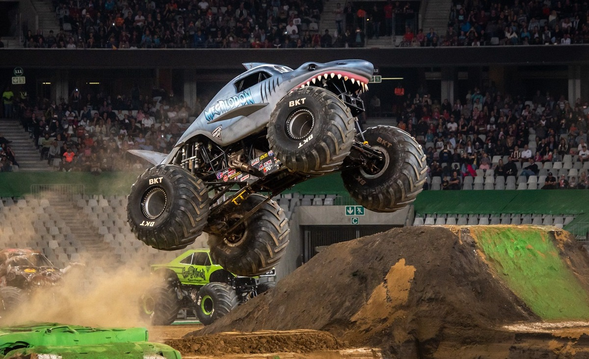 Monster Jam Delivers With Flips, Jumps, Doughnuts, Dust And Methanol photo