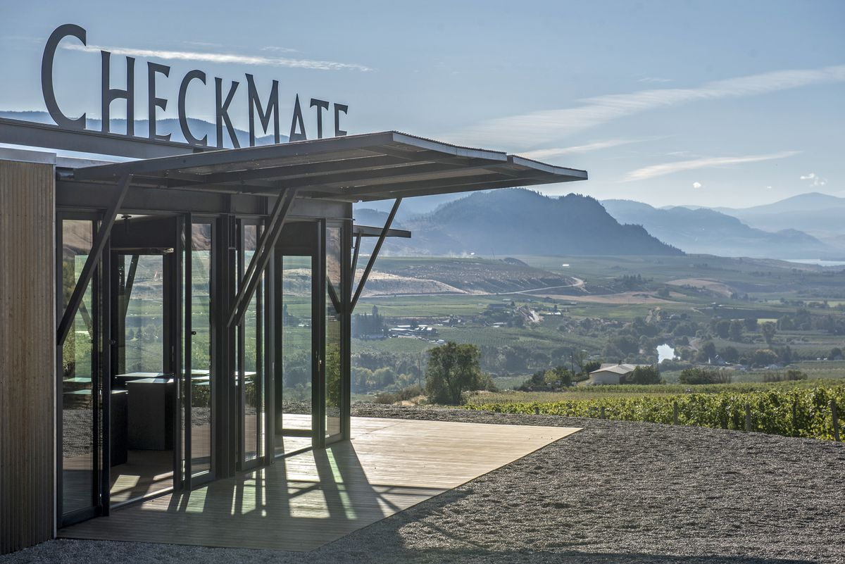 Canada?s First 100-point Table Wine: How The Okanagan?s Checkmate Artisanal Winery Bottled The Perfect Chardonnay photo