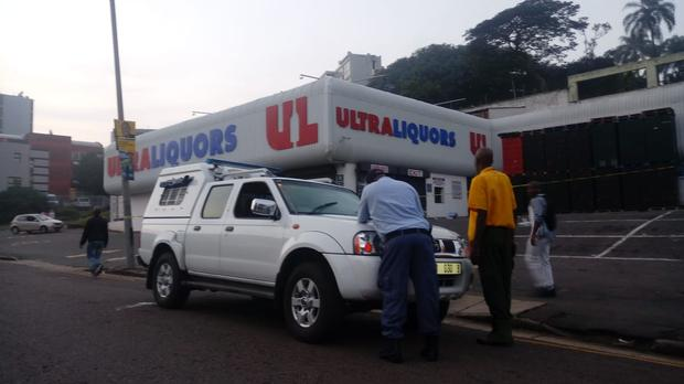 Pics: Durban Bottle Store Burglars Arrested After Shoot-out With Cops photo