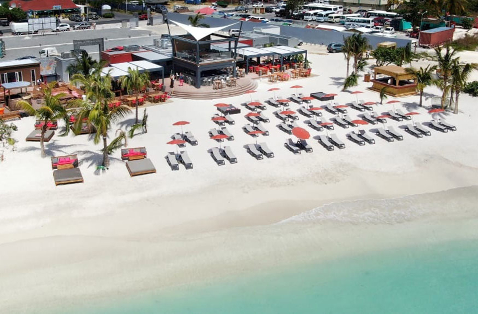 The Caribbean?s Coolest New Beach Bar Is In St Maarten photo