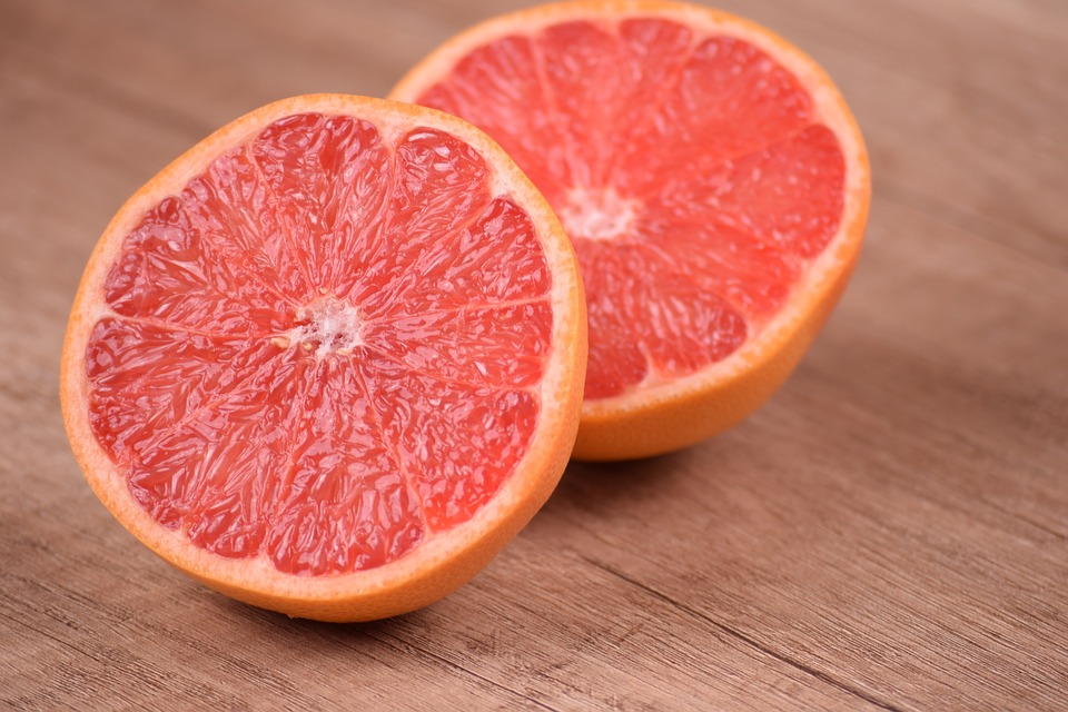 The Potential Risk of Grapefruit Juice photo