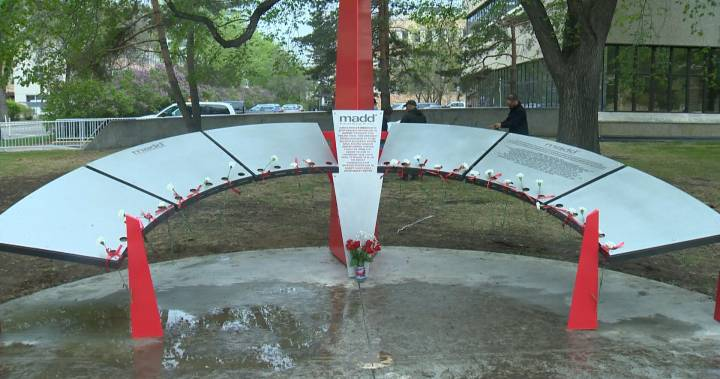 Memorial Honouring Victims Of Impaired Drivers Unveiled In Saskatoon photo