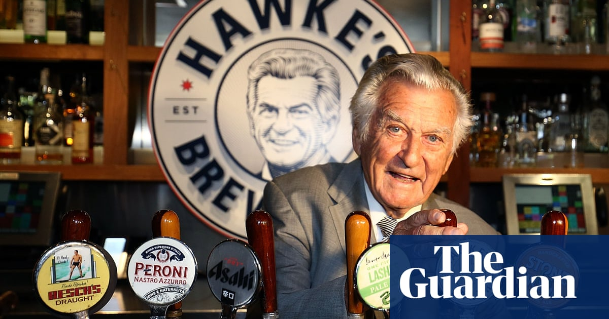 Bob Hawke's Beer-drinking Record May Be Marked By Oxford Blue Plaque photo