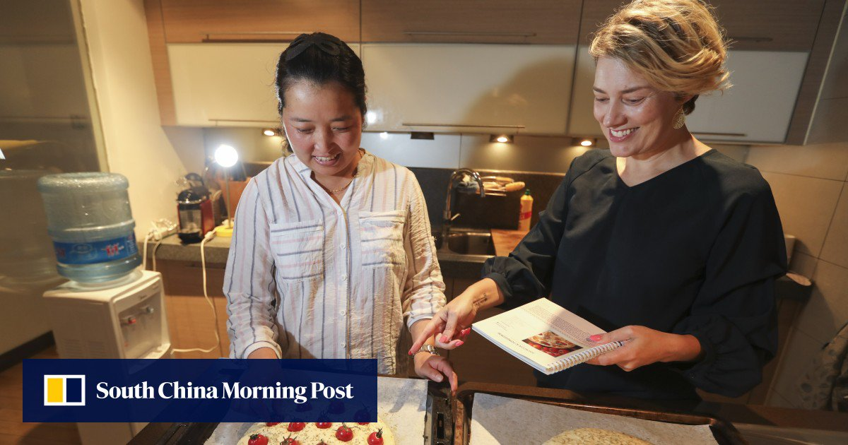 How To Teach A Chinese Maid To Cook Western Food: Write A Cookbook photo