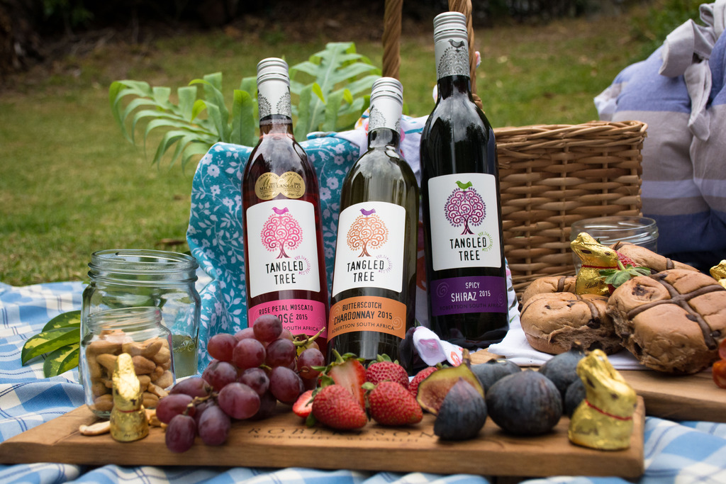 TTW The Best Wines To Take On A Picnic