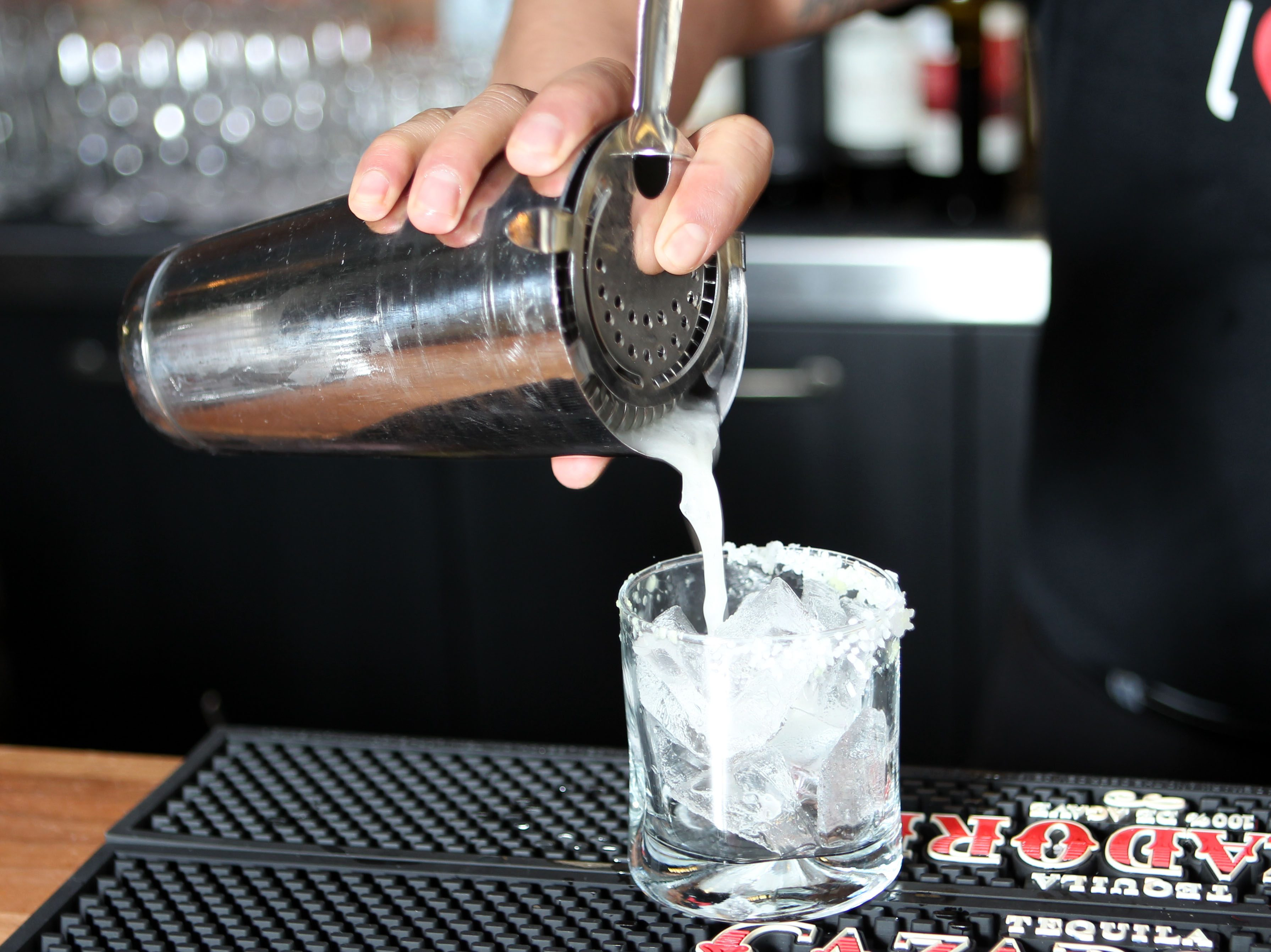 Calgary's Best Bartenders Rise To Top In Competition photo
