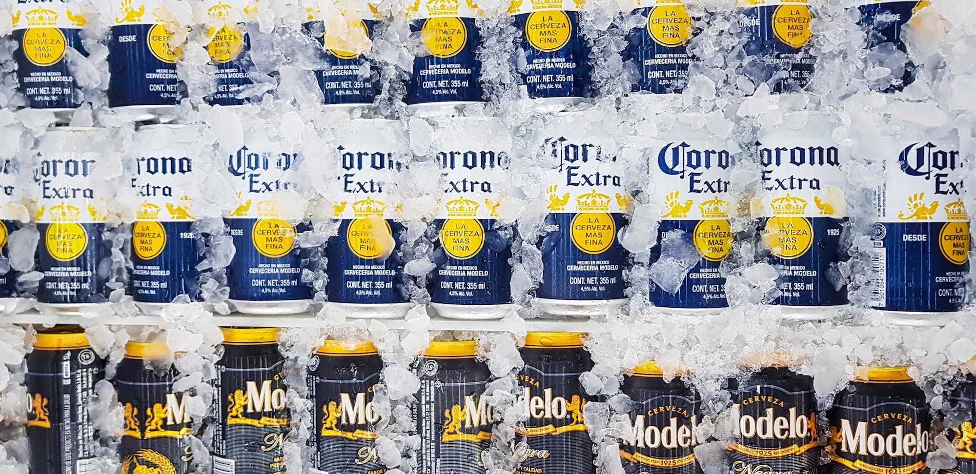 Corona Is Replacing 6-pack Rings With New Stackable Cans photo