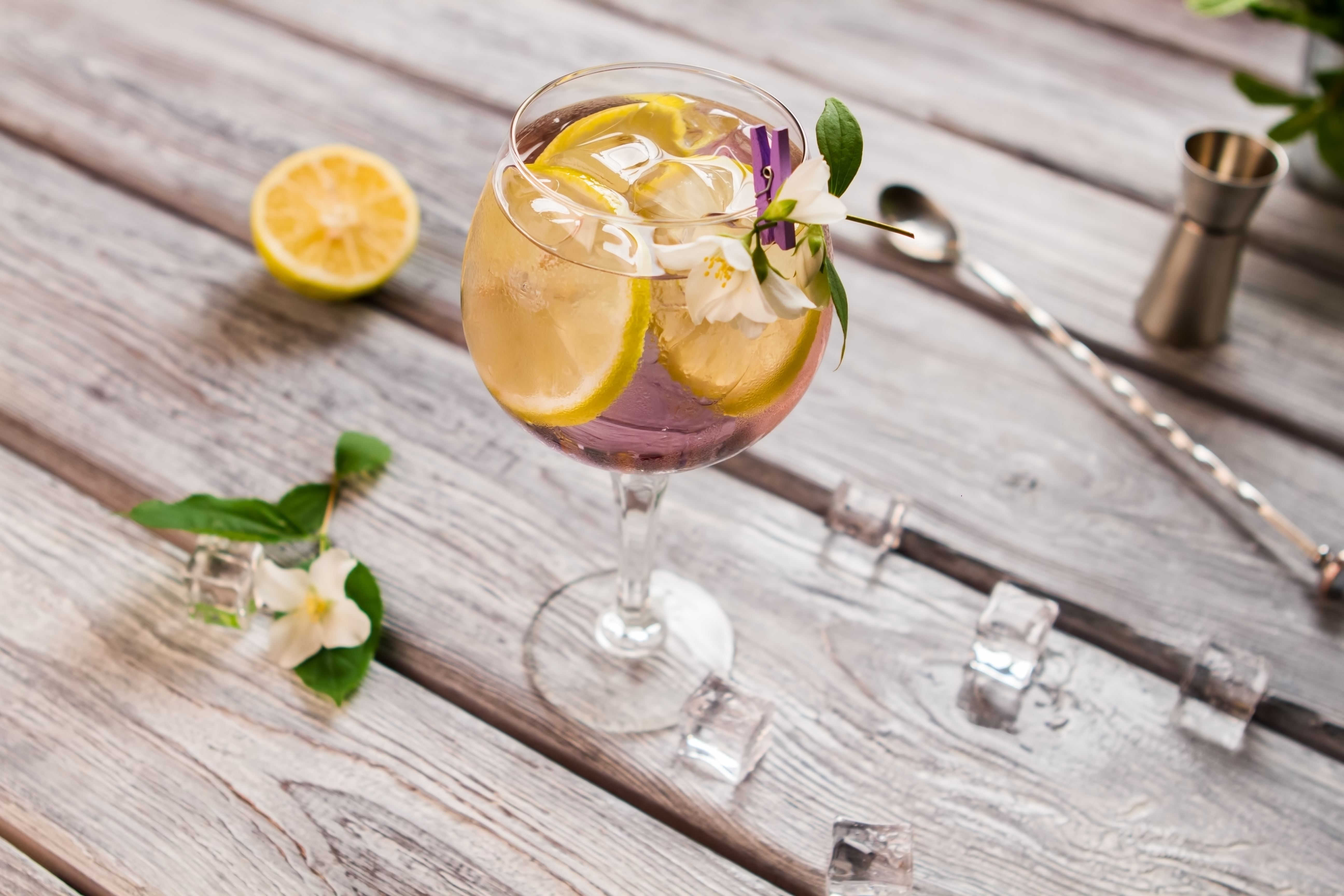 Five Gin Cocktails To Try This Weekend In Honour Of World Gin Day photo