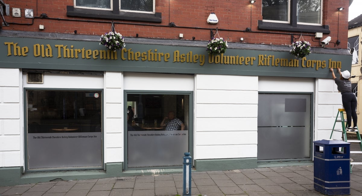 Pub With Longest Name In Uk Opens Next Door To Pub With Shortest photo