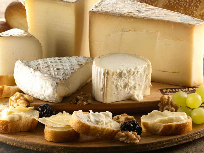 5 Delicious Cheeses With Surprising Health Benefits! photo