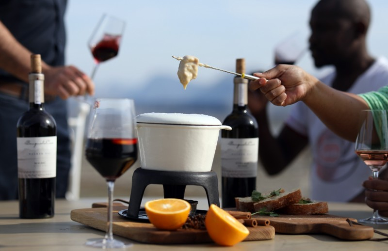 Tuck into a Cheese Fondue, Ciabatta and Gluhwein tasting at Benguela Cove this winter photo