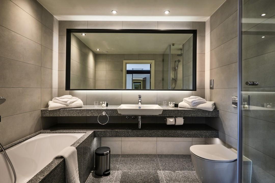 Bathroom Pod Maker Secures Vineyard Hotel Contract photo