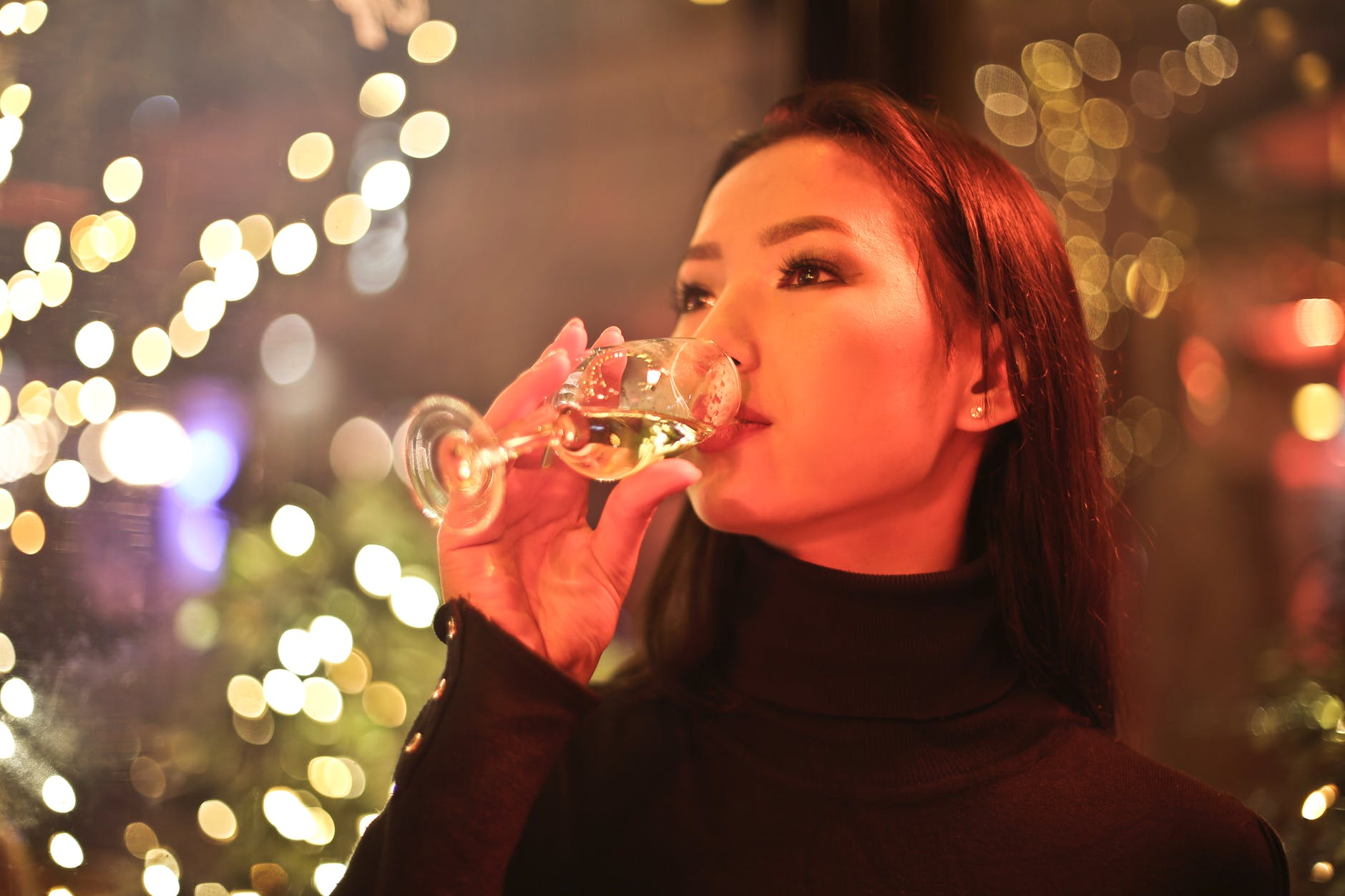 Can Champagne Help To Beat Wrinkles? photo