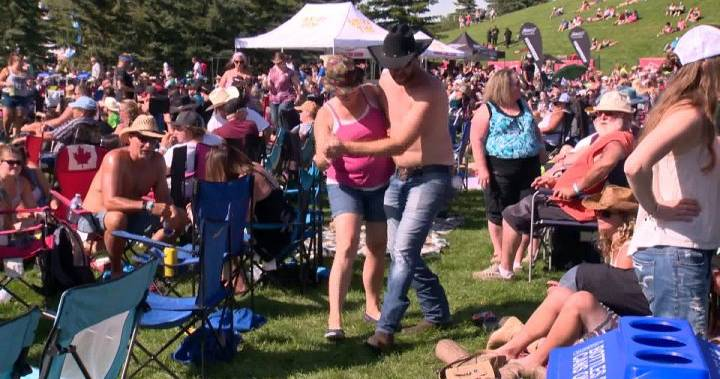 Country Thunder Day 3: 11 People Arrested, 75 Traffic Charges Given Out photo