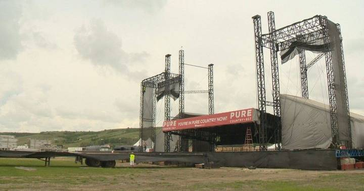 Ten People Arrested 2nd Night Of Country Thunder photo