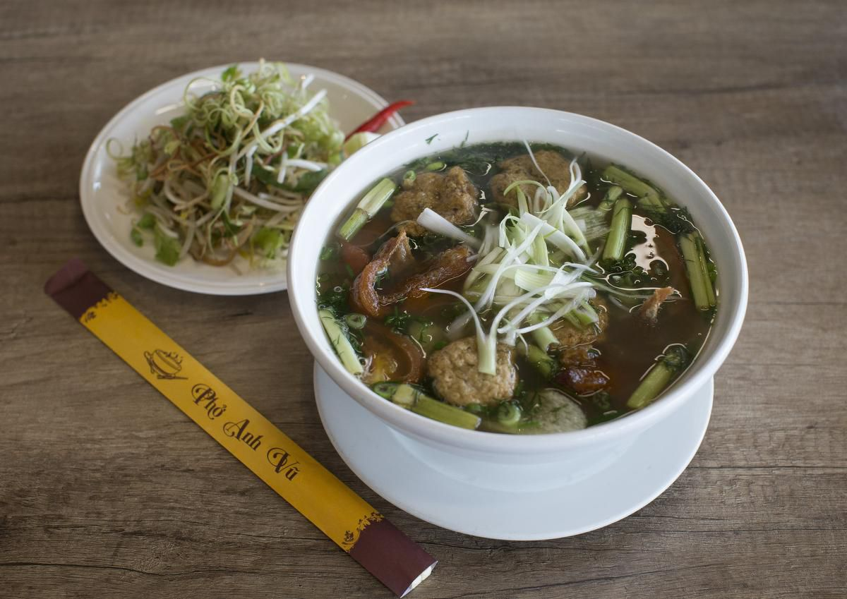 North York?s Pho Anh Vu Has A Killer Menu photo