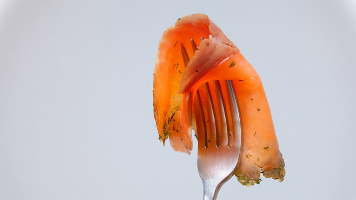What Is Listeria And How Does It Spread In Smoked Salmon? photo
