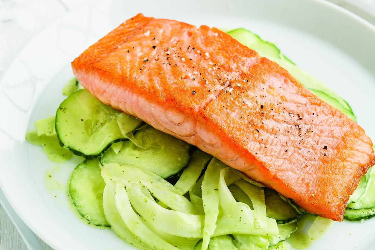 This Simple Salmon And Salad Dish Absolutely Screams Summer photo